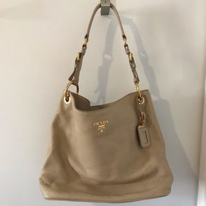 Brand new authentic Prada Vitello Daino handbag